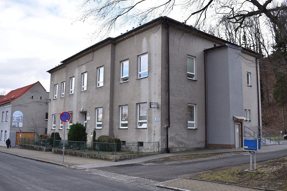 Město Javorník. Zdravotní středisko