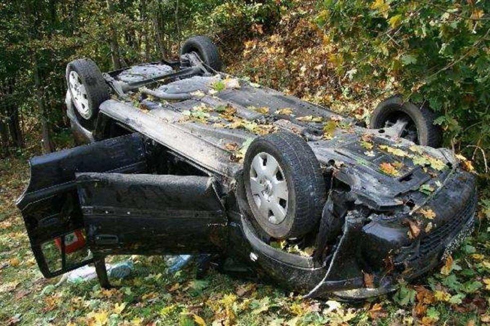Snímky z místa nehody.