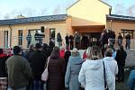 Dům pro seniory v Písečné při slavnostním otevření na začátku prosince.