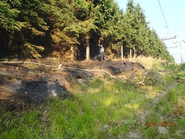 Požár u lanovky v Koutech nad Desnou.