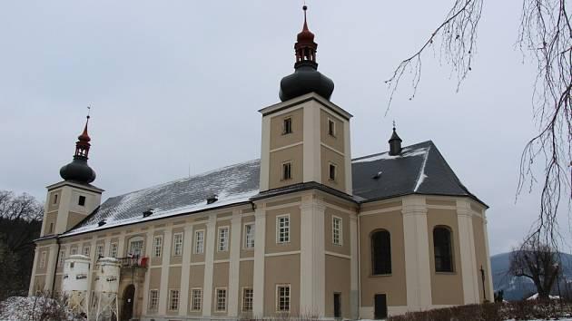 Ze zámku v Loučné nad Desnou bude hotel.