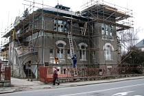 Do vily v Jeremenkově ulici se nastěhuje šumperská Charita.
