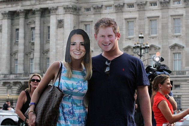 "Británii postihlo ""royal baby"" šílenství."