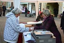 Šumperská charita zahájila Tříkrálovou sbírku v pondělí 6. ledna. Na svátek Tří králů zvala na zelnou polévku.