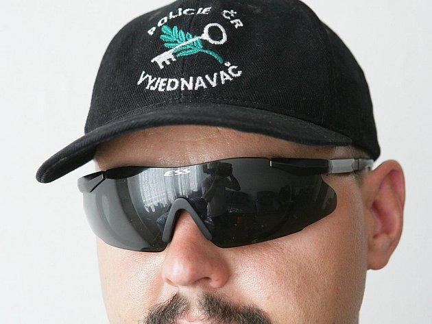 Policejní vyjednavač na ilustračním snímku