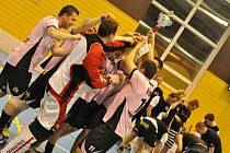 Snímky z posledního utkání letošního ročníku Šumperské florbalové ligy.