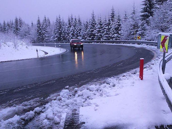 Až čtyřicet centimetrů sněhu může podle meteorologů napadnout v Jeseníkách v úterý 19. dubna