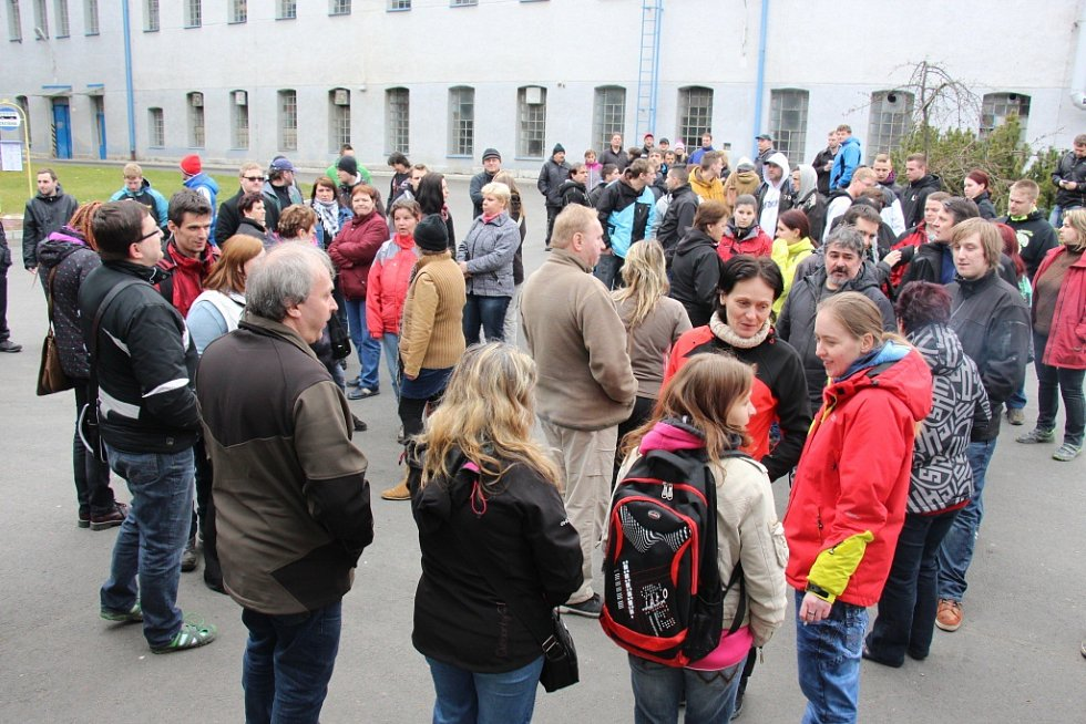 Mítink zaměstnanců hanušovické firmy ZKL v ponděli 21. března 2016