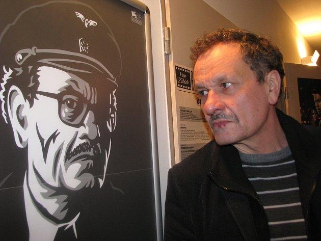 Režisér Miroslav Krobot na snímku coby herec filmu Alois Nebel. Krobot je zábřežským rodákem.