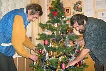 Lidé z Jesenicka, kteří nemají střechu nad hlavou, stráví Vánoce v azylovém domě. V Šumperku jim pomůže Armáda spásy.