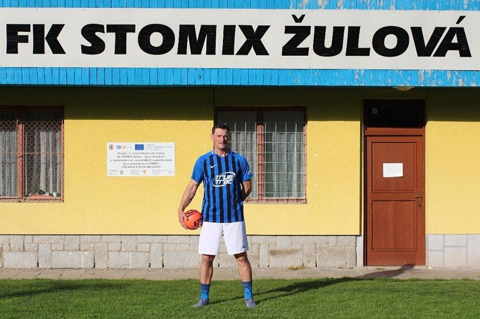 Jan Janošťák starší (FK STOMIX Žulová), vítěz ankety Deníku o nejpopulárnějšího fotbalistu Šumperska a Jesenicka.