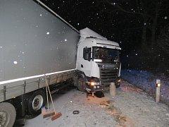 Nehoda kamionu v Mohelnici