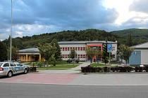 Zdravotní středisko ve Zlatých Horách vykradli.