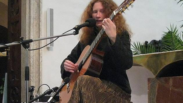 Eva Henychová vystoupí v Bludově