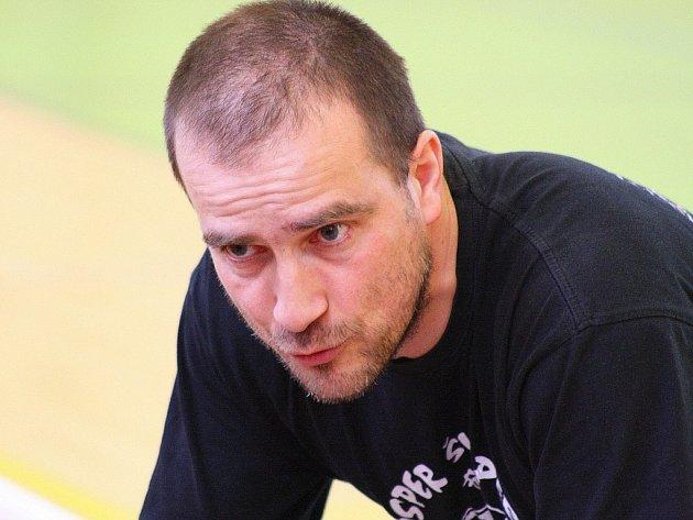 Kouč šumperských Asperek Michal Marošek.