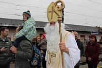 Mikulášský vlak přijel do Šumperku.