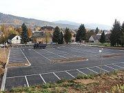 Provozovateli Termálního parku ve Velkých Losinách se konečně podařilo otevřít přilehlé parkoviště.