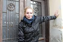 Bohdana Pavlíková: Lady Mackbeth určitě nejsem  Šumperk – Bohdana Pavlíková patří k nejvýraznějším tvářím šumperského divadla. Dnes šestratřicetiletá herečka původem ze severu Čech působí na zdejší scéně od dob studií na Střední škole dramatického umění.