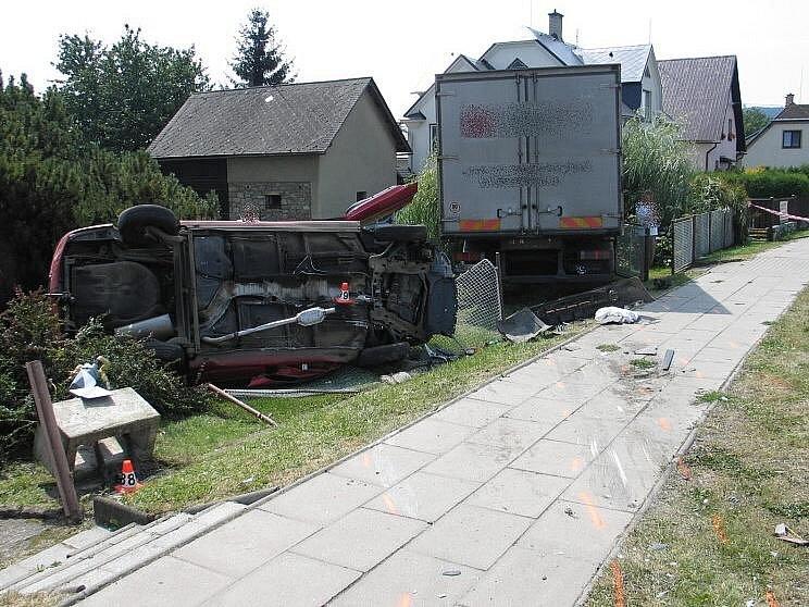Místo smrtelné dopravní nehody ve Velkých Losinách