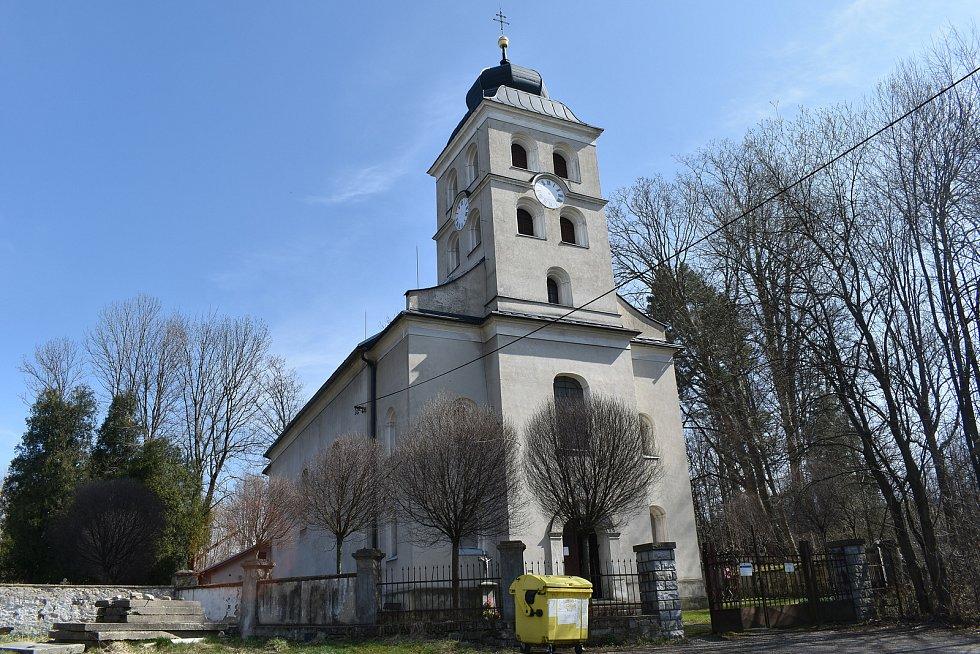Mikulovice - kostel v Širokém Brodě