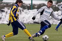 Fotbalisté Zábřehu zvítězili nad domácí Opavou (pruhované dresy)