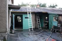 Požár přístavku rodinného domu v Lošticích