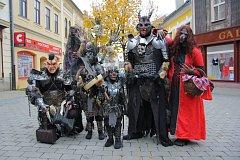 Halloweenské tažení centrem Šumperku.