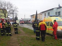 Zásah v Javorníku, kde se pět lidí otrávilo oxidem uhelnatým.