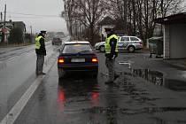 Policisté na Hanušovicku podnikli rozsáhlou kontrolu zaměřenou na alkohol