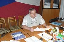 Starosta Postřelmůvku Ferdinand Bartoš.