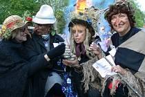 Snímek z loňského pálení čarodějnic v Mohelnici