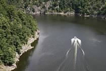 Pohled na vodní dílo Orlík