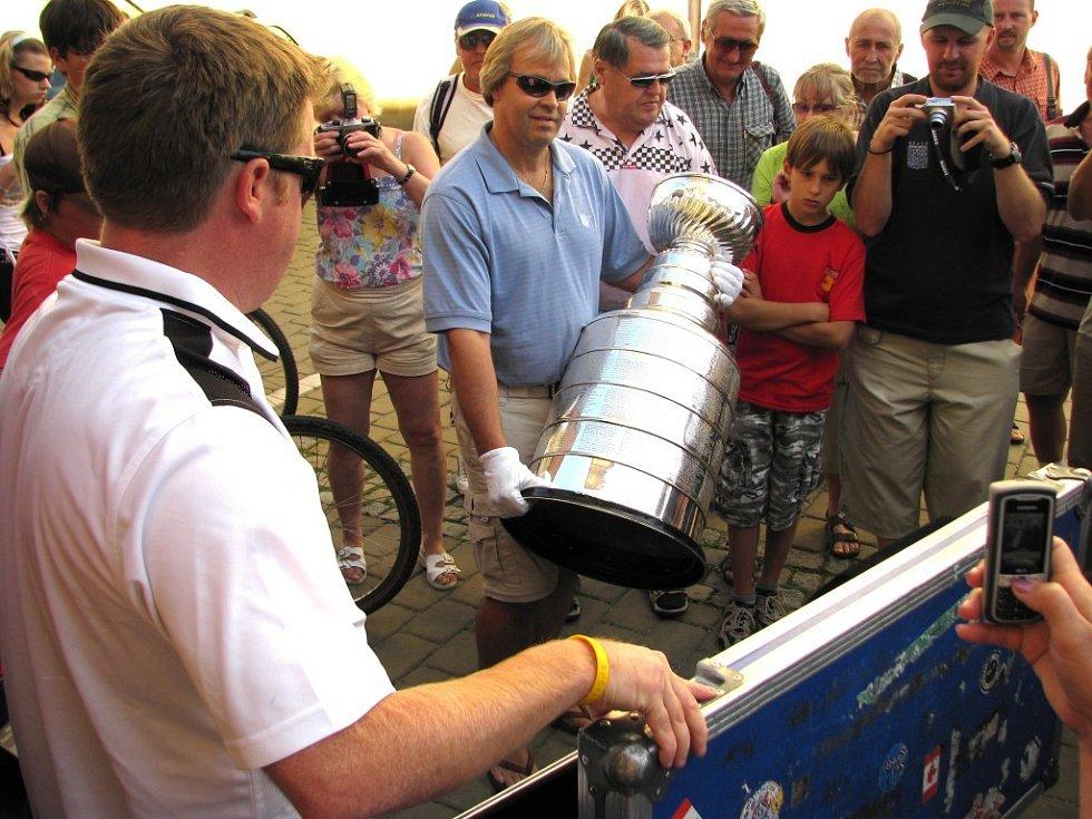 Slavná trofej byla ve středu 6. srpna v Šumperku.