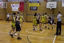 Šumperské basketbalistky v Jablonci.