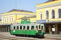 Motorový vůz M 120.417 přezdívaný Věžák je nejstarším provozuschopným motorákem v České republice.
