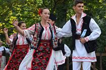 Folklorní festival v Šumperku. Rumunský soubor Juni Gugulani