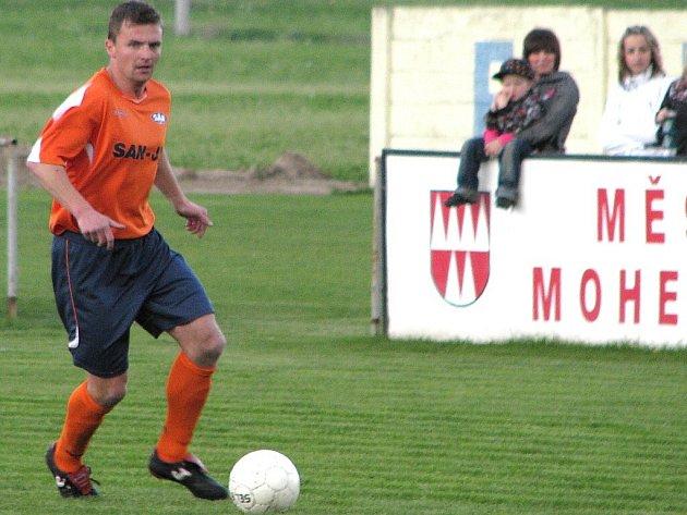 Bohdan Hecl v utkání v Mohelnici.