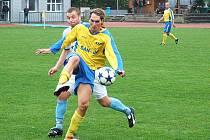 Šumperk (žluté dresy) porazil doma Petrovice