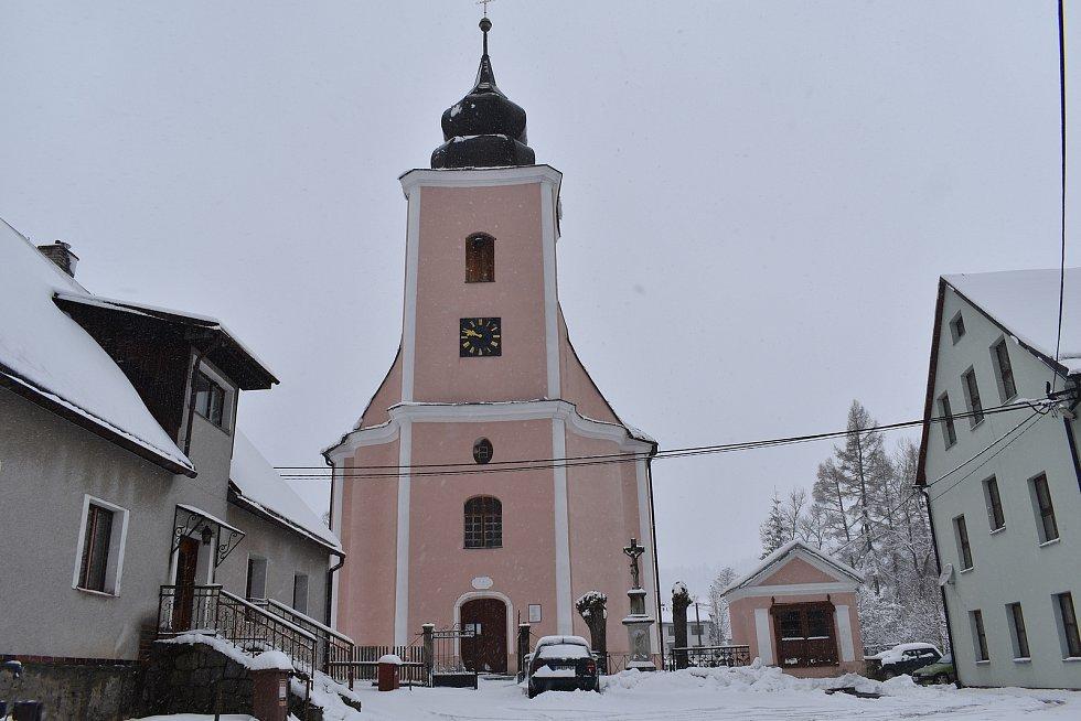 Bělá pod Pradědem - kostel v Horním Domašově
