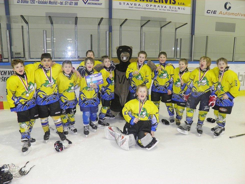 Mladí Draci na turnaji ve Valašském Meziříčí