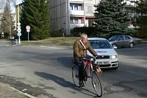 Ulice Jiřího z Poděbrad v Šumperku patří k nejvíce nebezpečným místům ve městě. radnice se rozhodla, že do úpravy lokality letos vloží 12 milionů korun.