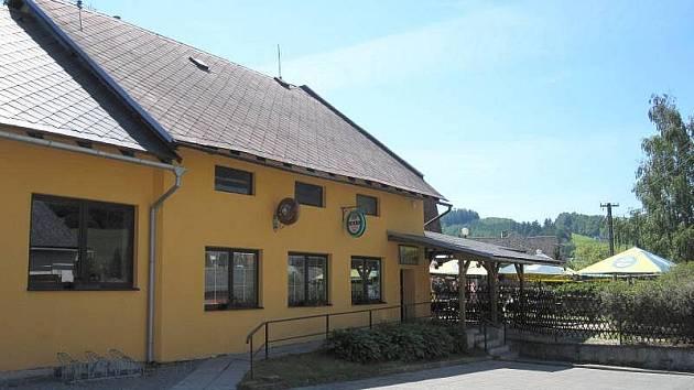 Kavárna V Zátiší, Nový Malín