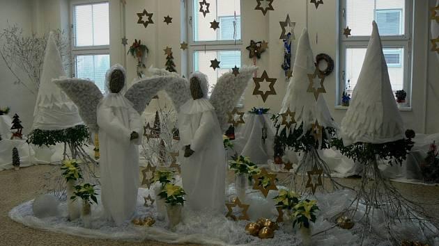 Na tradiční vánoční výstavě v Zábřehu se můžete nechat inspirovat od studentů zdejší Střední školy sociální péče a služeb.
