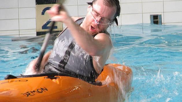 Eskymování v šumperském krytém bazénu