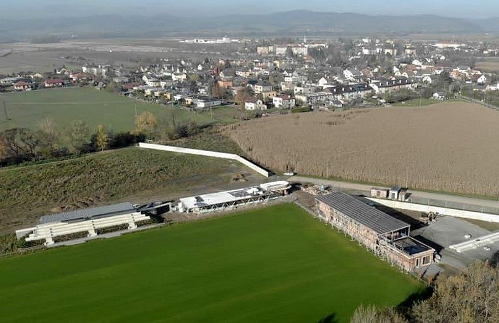 Nový sportovní areál v Postřelmově.
