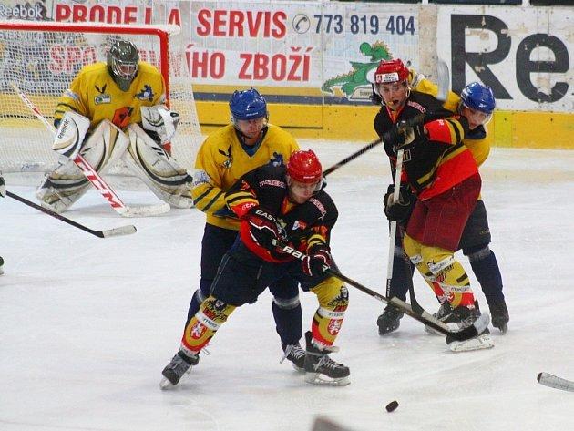 Draci Šumperk (krajský přebor) versus Hradec Králové (juniorka).