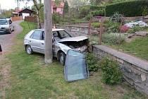 V Bratrušově havaroval opilý řidič.