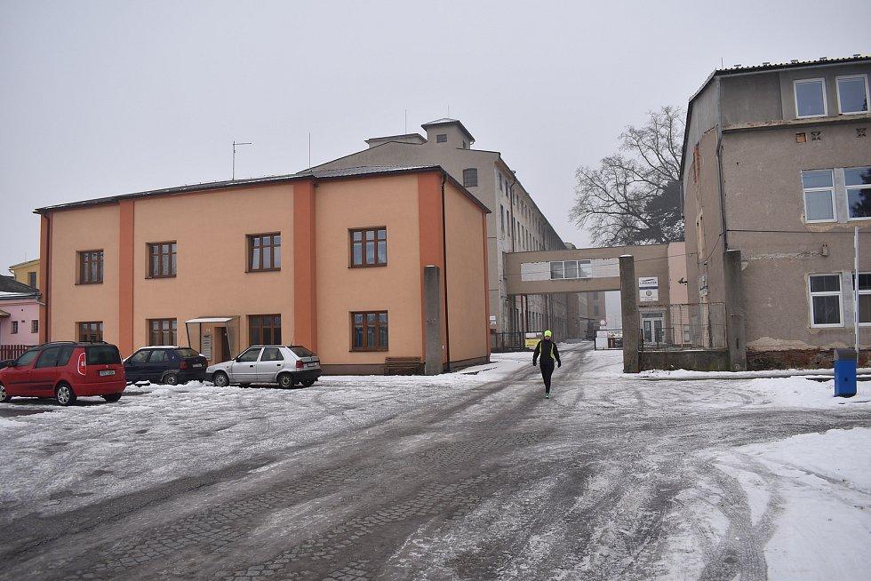 Sudkov - bývalá továrna Moravolen.