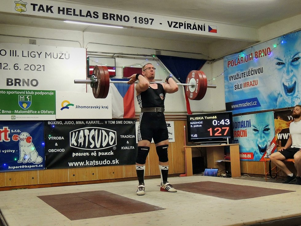 Tomáš Pliska v akci na 1. kole 3. ligy vzpěračů