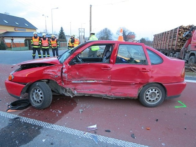 Řidička havarovala v Javorníku.